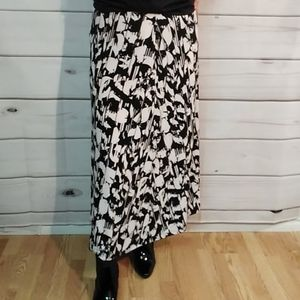 Jones Studio long skirt XL